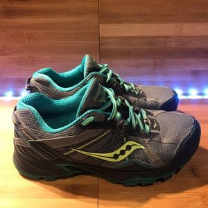 Women's Saucony Excursion TR7 XT600 Running Shoes